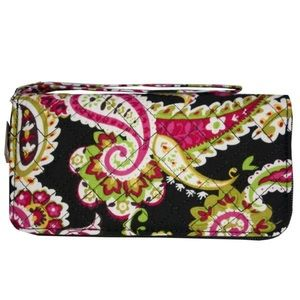 NWT Paisley quilted wallet